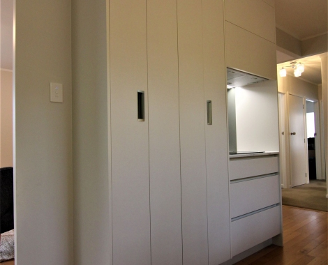 Galley-kitchen-4