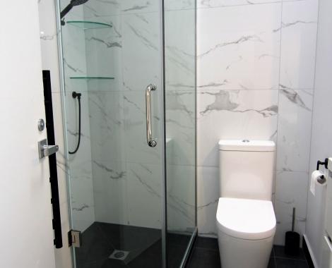 Carrara-style-tile